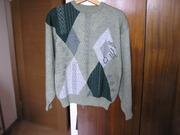 Теплый пуловер с круглым вырезом