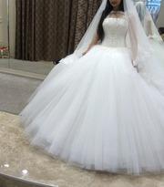 Красиво свадебное платье по выгодной цене