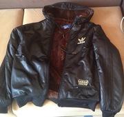 Куртка/толстовка черная Adidas оригинал на исскуст. меху с капюшоном