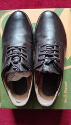 Ботинки кожаные на шнурках