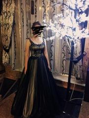 Вечернее платье в отличном состоянии 44 размер